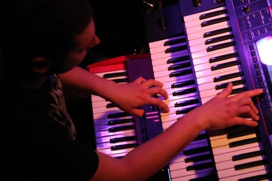 Gobi / Stargate Backing Band , Live Cafe Julien , Marseille - Photo Fred reGGaeLover 2014