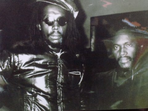 Peter Tosh & Herbie Miller, Backstage Amsterdam 1981 - Photo By Gert Jan Bekenkamp
