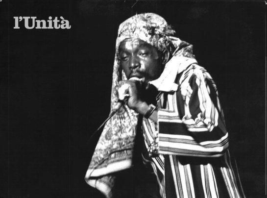 peter tosh in rome - photo l'unita magazine, italy
